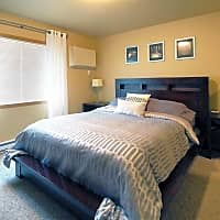Hawk Pointe Apartments - Bismarck, ND 58501