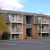 Cedar Point Apartments - Roanoke, VA 24018