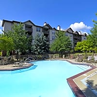 Lincoln Pointe Apartments - Bethel Park, PA 15102