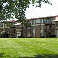 Old Farm Apartments - Elkhart, IN 46517
