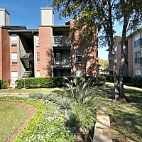 Lincoln Crossing Apartments - Dallas, TX 75252