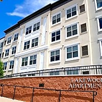 Lakewood Apartments - Lino Lakes, MN 55014