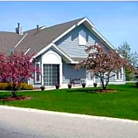 Mequon Trail Townhomes - Mequon, WI 53092