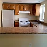 Vine Street Apartments - Hartford, CT 06112