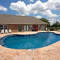 Canterbury House Apartments - Baton Rouge, LA 70816