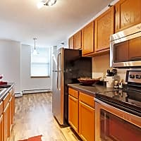 Kenwood Gables - Minneapolis, MN 55403