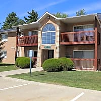 Glenwood Pointe Apartments - Twinsburg, OH 44087