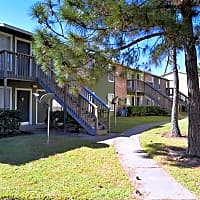 Clear Lake Village Apartment Homes - Houston, TX 77058
