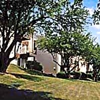 Carriage House Apartments - Baltimore, MD 21229