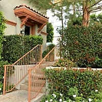 Warner Center Townhomes - Canoga Park, CA 91303
