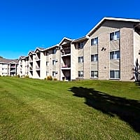 Evergreen Square - Buffalo, MN 55313