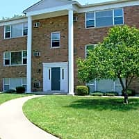 Nobb Hill Apartments - West Lafayette, IN 47906