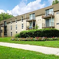 450 Green Apartments. - Norristown, PA 19401