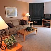 Woodcrest Apartments - Westland, MI 48185