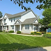 Foxboro and Ashworth Pointe Townhomes - West Des Moines, IA 50266