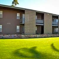 18 At Biltmore Apartments - Phoenix, AZ 85016