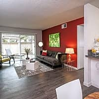 City Park Apartments - Sacramento, CA 95814