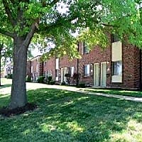 Yorktowne Apartments and Townhomes - Saint Louis, MO 63129