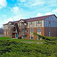 Chalet Villa Apartments - Clarkston, MI 48346