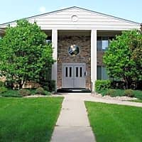 Southtown Court Apartments - Bloomington, MN 55431