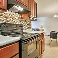 The Residences At Riverside - Manchester, NH 03104