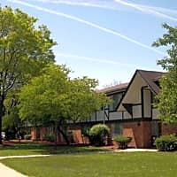 Tuscan Manor Apartments - Belleville, MI 48111