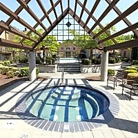 The Colonnade Townhomes - Hillsboro, OR 97124