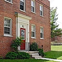 Westhills Square Apartments - Baltimore, MD 21229