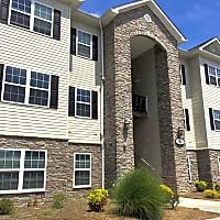 Woodland Heights of Burlington - Whitsett, NC 27377