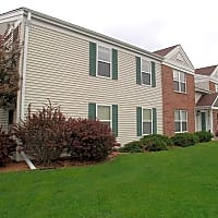 Southview Park Apartments - Neenah, WI 54956