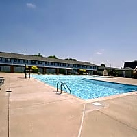 Braeburn Village Apartments Of Indianapolis - Indianapolis, IN 46219