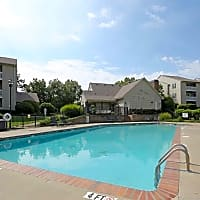 Oak Pointe Apartments - Simpsonville, SC 29680
