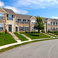 Windsor Commons Townhomes - Red Lion, PA 17356