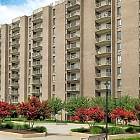 Circle Towers - Fairfax, VA 22031