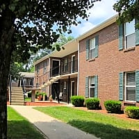 Starlet Square Apartments - Fairdale, KY 40118