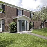 Lakeshore Club Apartments And Townhomes - Tampa, FL 33614