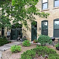 Riverwalk Apartments - Minneapolis, MN 55401