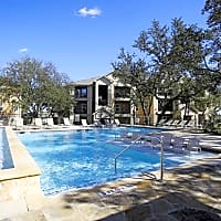 Carriage Hill Apartments - San Antonio, TX 78250