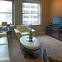 The Residences at Hanna - Cleveland, OH 44115