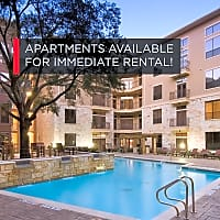 Gables 6464 San Felipe - Houston, TX 77057