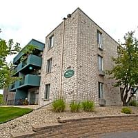 Chateau Montreal - Saint Paul, MN 55116