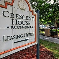 Crescent House Apartments - Miami Lakes, FL 33014