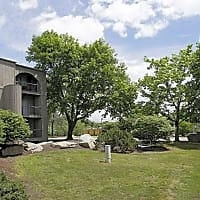 Phoenix Apartments - Groton, CT 06340