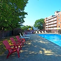 Towne House Apartments - Quincy, MA 02169