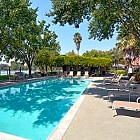 Lakeshore Apartments - Davis, CA 95616