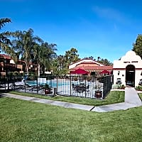 Red Oak Villas - Redlands, CA 92373