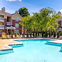 The Residence At White River Apartments - Indianapolis, IN 46228