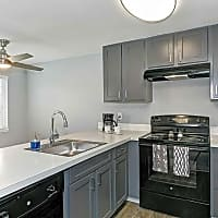 Brisa Apartment Homes - Everett, WA 98204