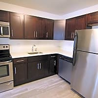 Carlton Apartments - Ewing, NJ 08618