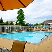 Arbor Glen Apartments - Maple Grove, MN 55311